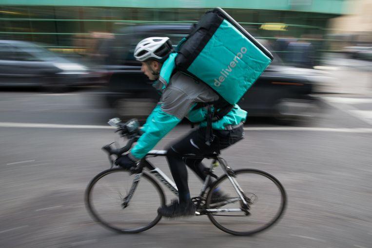 Een bezorger van Deliveroo.  Beeld AFP