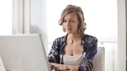 Goed verdienen en vaak thuis werken? Dit zijn de interessantste jobs
