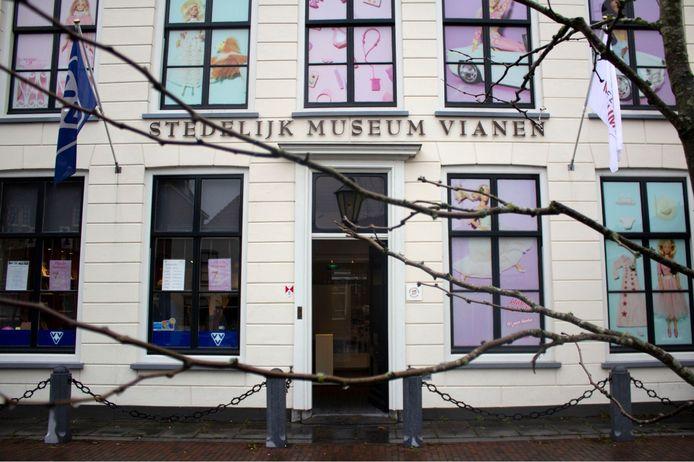 De VVV Vianen zit in hetzelfde pand als het Stedelijk Museum.