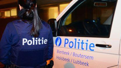 Politie betrapt zwartwerkers