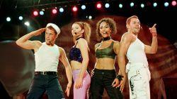 Na 20 jaar plots weer nummer 1-hit voor de Vengaboys dankzij politiek schandaal Oostenrijk