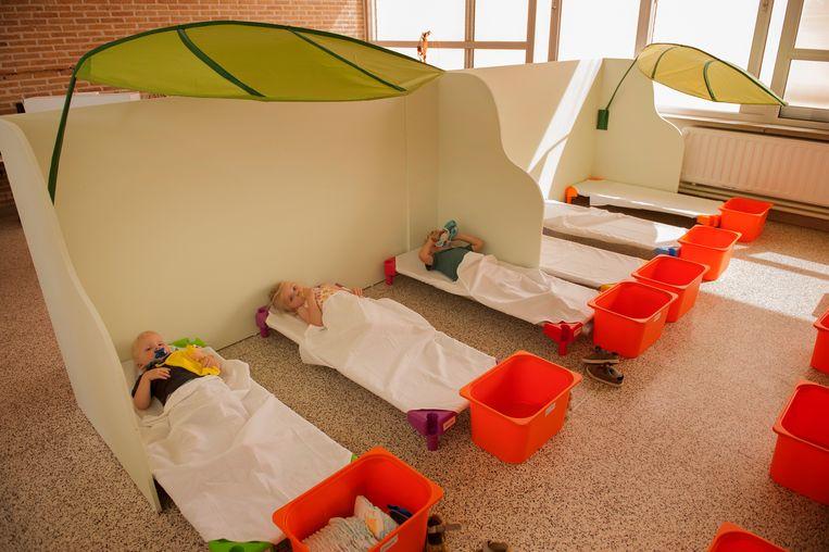 Drie 'schone slapers' op een rij in de Pezelschool in Poperinge.