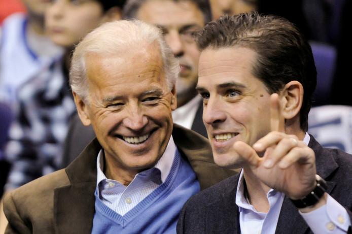 Voormalig Amerikaans vicepresident Joe Biden en zijn zoon Hunter.