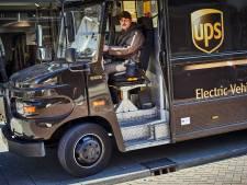 Bezorgers UPS op pad voor Sintvoorieder1