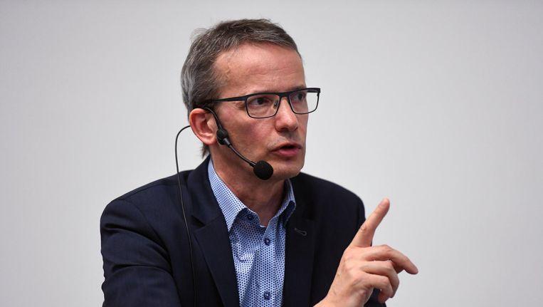 Luc Sels tijdens een debat met Rik Torfs