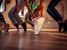 Frencken College danst voor Australië