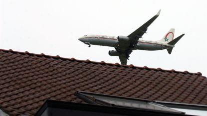 """Ombudsman Brussels Airport: """"Onmogelijk om landingen van vliegtuigen te spreiden"""""""