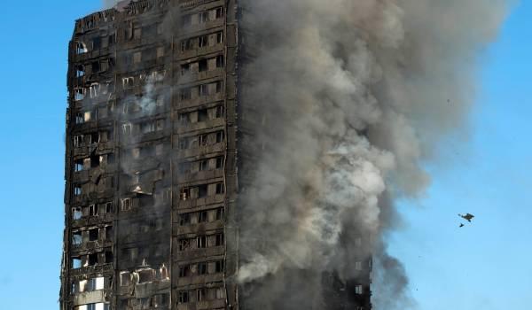 Door heel Nederland staan gebouwen met brandgevaarlijke gevelpanelen