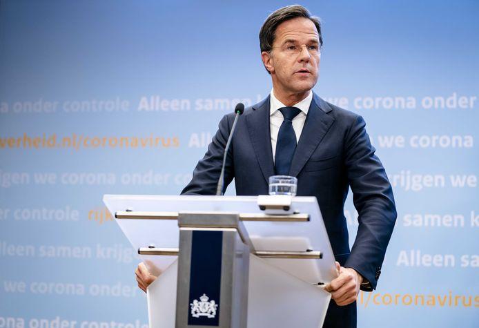 Als het coronavirus in Twente niet snel wordt teruggedrongen dreigt voor de regio een volledige lockdown. Dat waren de dreigende woorden van premier Mark Rutte tijdens de persconferentie van dinsdagavond.