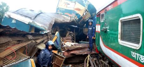 Frontale treinbotsing in Bangladesh: zeker 15 doden en tientallen gewonden
