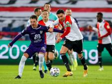 LIVE   Invaller Haps raakt de lat voor Feyenoord aan begin tweede helft