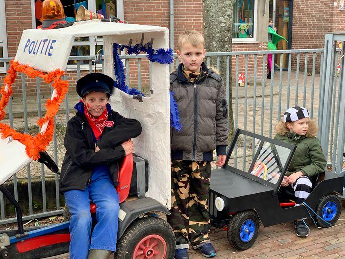 Leerlingen van basisschool De Drie Musketiers hadden veel werk gemaakt van de jaarlijkse kinderoptocht in 'Krimpersgat' Hulten.