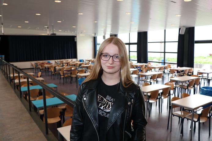 Zina Kwantes op het Koning Willem II College.