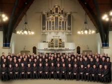 Urker dirigent verliest vier leden van koor uit Heerde aan corona: 'Diepe droefenis'