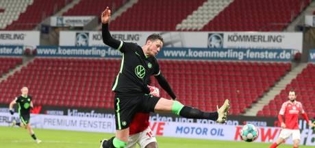 Bosz klopt oude werkgever Dortmund, Weghorst slaat opnieuw toe