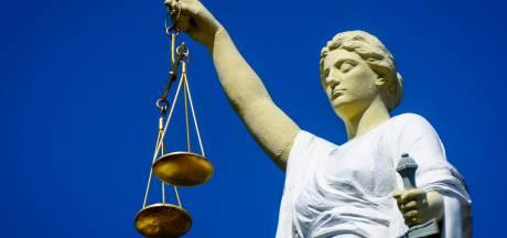 Verdachte schrikt zich rot, maar rechter vergist zich: geen 50 dagen cel, maar 50 uur werkstraf