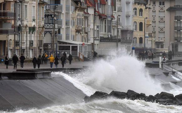 Beukende golven bij Pas-de-Calais.