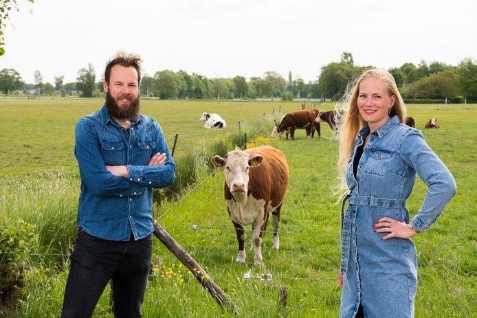 Lisette Bal en Stef Buitenhuis uit Apeldoorn doen mee aan de Herenboerderij in Wenum.