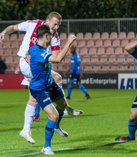 Van Gassel behoedt Helmond Sport tegen Jong Ajax voor afstraffing