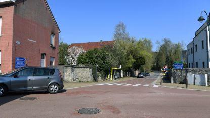 Asfalteringswerken in Dorpstraat tussen Blokkenstraat en Boskee
