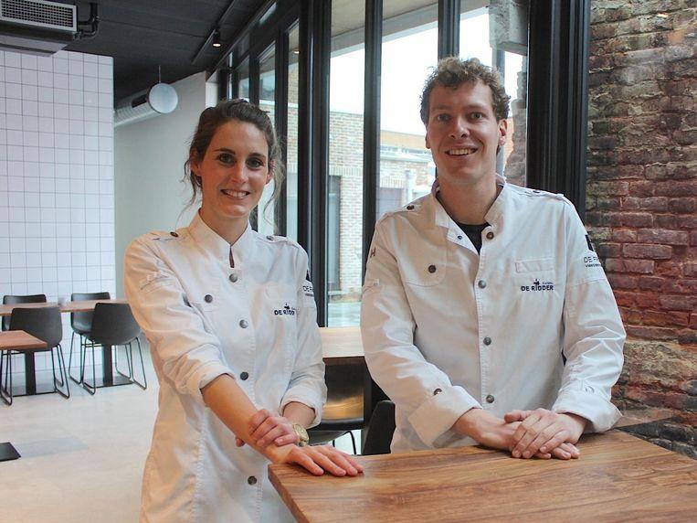 Chef-kok Helena Creytens en slager Matthias De Ridder in het nieuwe vleesrestaurant.