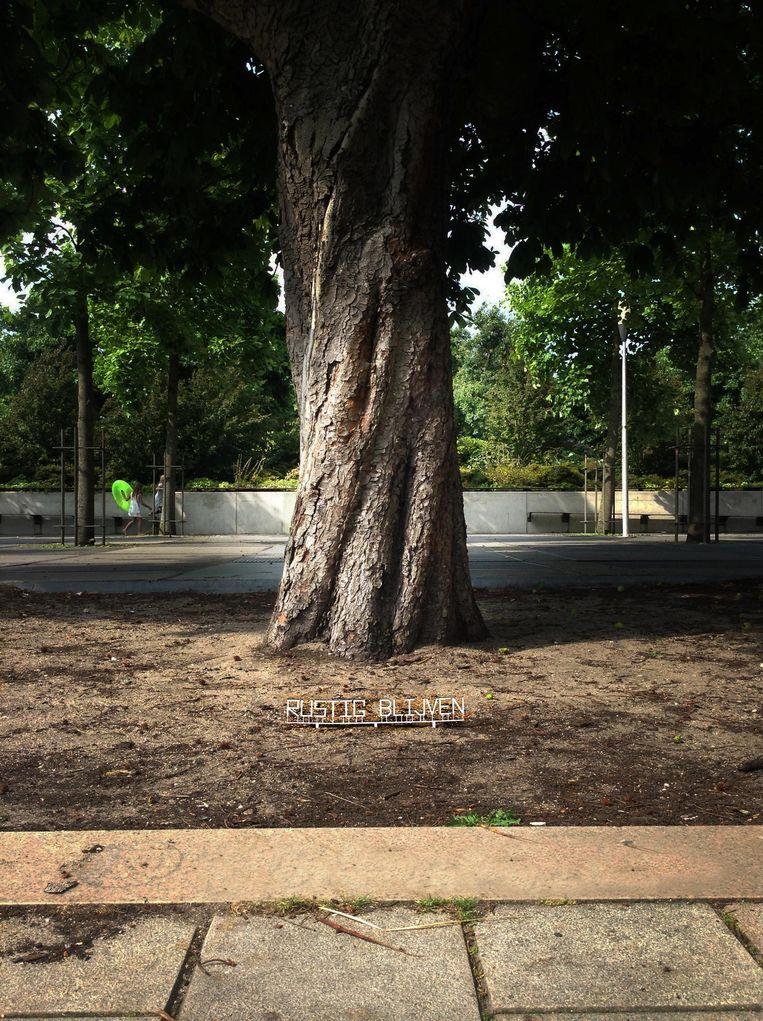 'Rustig blijven' in het Westerpark. Beeld Power of Art House