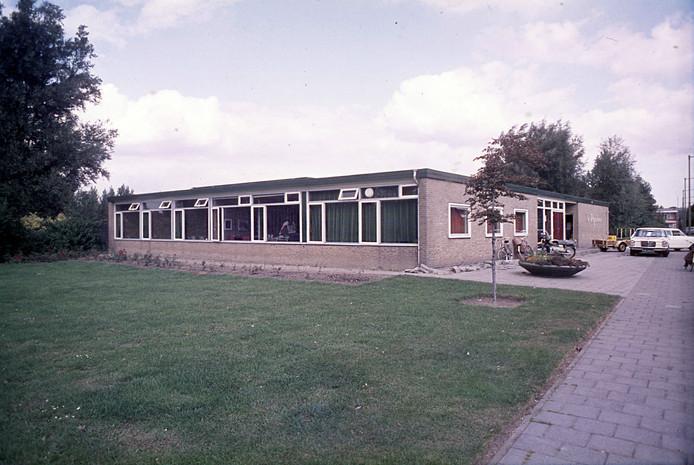 Buurthuis De Repelaer in Spijkenisse in 1972.