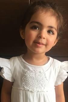 OM wil dat India vader van peuter Insiya uitlevert