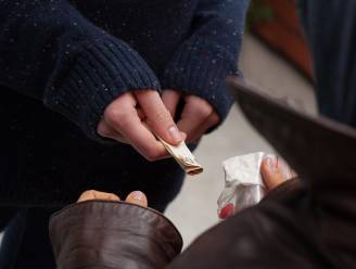 Minderjarige dealer en leverancier gearresteerd