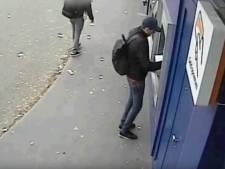 Politie toont camerabeelden van zakkenroller in Amersfoort