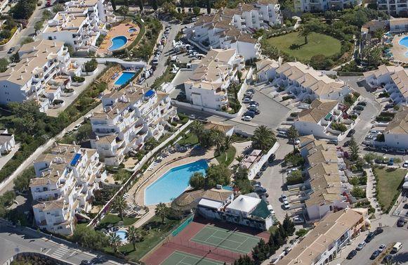 Maddie McCann verdween in 2007 uit een vakantieverblijf in dit resort in Praia da Luz. Haar ouders waren toen met vrienden aan het dineren.