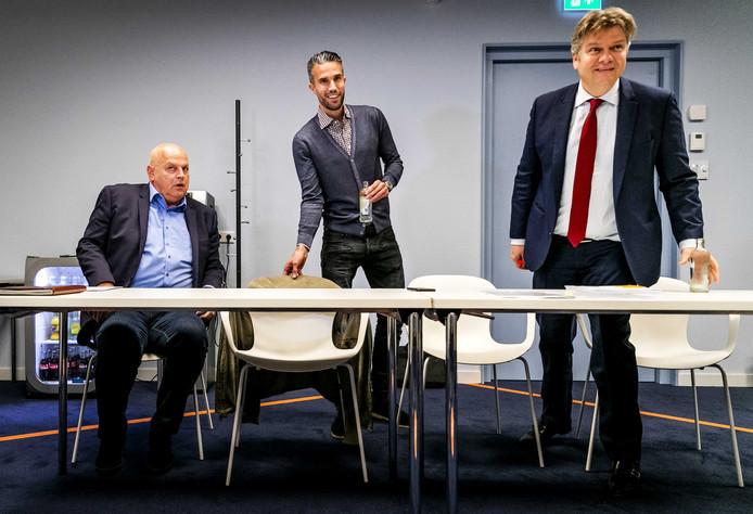 Joris van Benthem (r), Robin van Persie en Feyenoords teammanger Bas van Noortwijk.