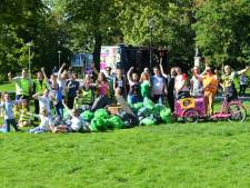 Voor World Cleanup Day doken duikers Dusky in de Galderse Meren