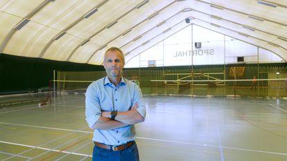 Veldeman levert hallen voor WK-stadion