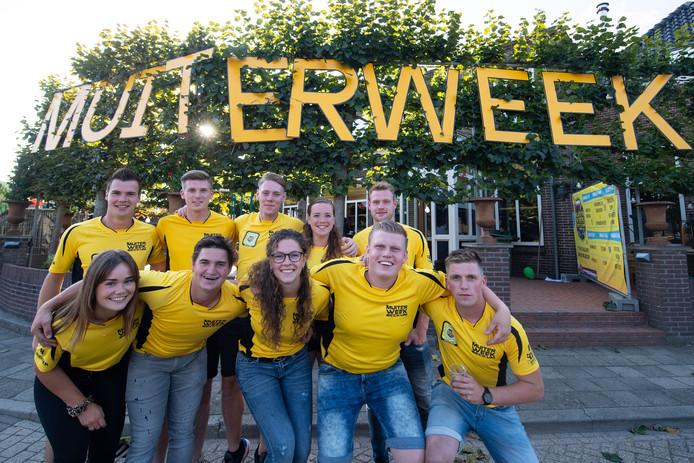 De organisatie van De Muiterweek in Beckum staat op punt van beginnen. Stamgasten nemen de komende dagen Café Halfweg over en organiseren allerlei activiteiten.