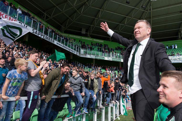 Algemeen directeur Hans Nijland van FC Groningen nam eerder deze maand al geroerd afscheid van de supporters. Beeld BSR Agency