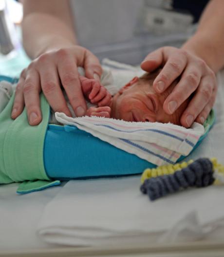 Verpleegkundigen ZGT: 'Als baby's stress vertonen, trappen we op de rem'