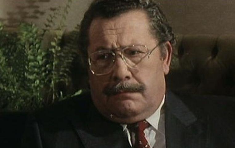 Ward De Ravet als 'Commissaris Roos' op VTM.