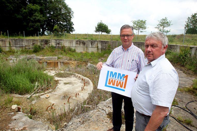Rudy Willaert (rechts), hier naast Gerdi Staelens van het Lange Max Museum, maakt kans op de Bronzen Stekker 2018.