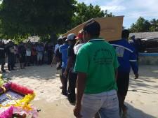 Zo verliep de laatste reis van Joop Roemajauw naar West-Papoea: 'Een paradijsvogel hoort niet in Nederland begraven te worden'