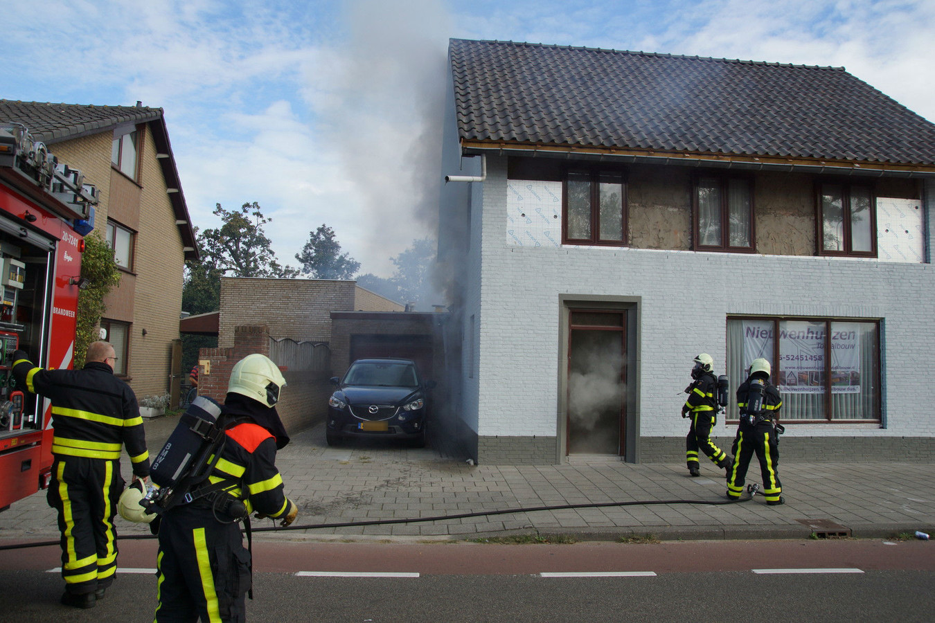 Woningbrand in Kaatsheuvel.