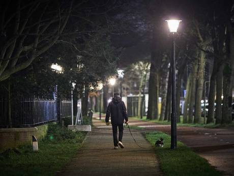 Avondklok is ingegaan: stilte overheerst in Den Haag