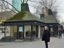 Sloophamer staat vandaag klaar voor vervallen paviljoentjes op de Coolsingel