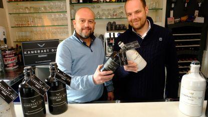 """""""Onze gin is ode aan Brasschaat"""": vrienden brengen Kameraet Gin op de markt"""