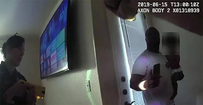 La police de Tempe rejette la responsabilité vers le père au comportement jugé agressif
