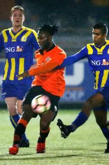 NSC zet grillige aanvaller Solace Uyi-Olaye op de ledenlijst