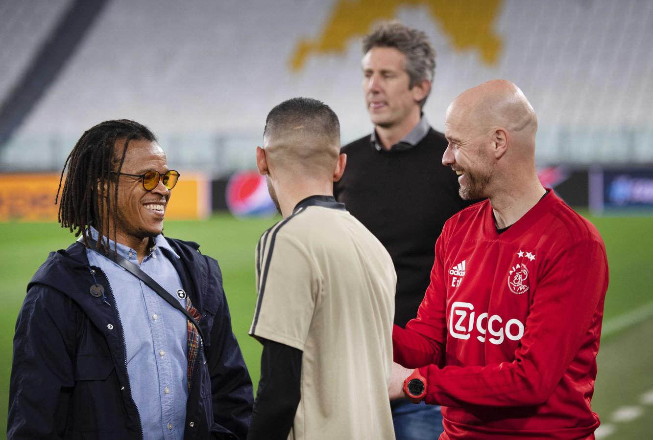 Edwin van der Sar en Erik ten Hag samen met Hakim Ziych en Edgar Davids in het stadion van Juventus, waar Ajax voor een stunt zorgde door met 1-2 te winnen.