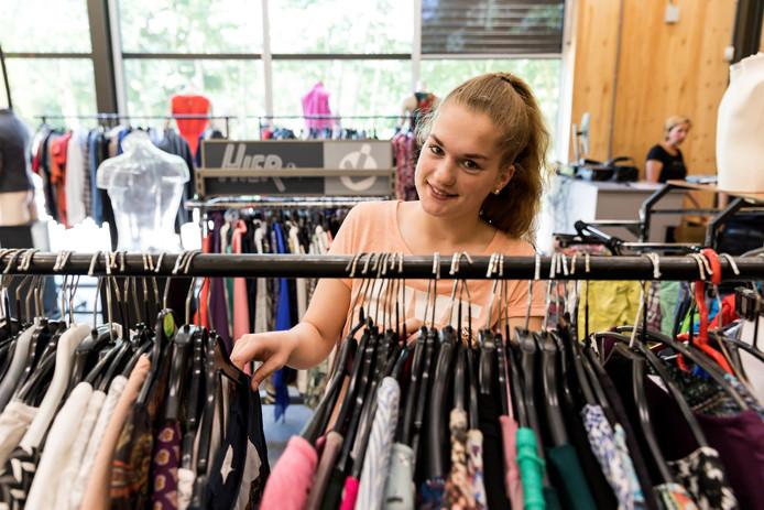 Bij ProFashion is vanaf donderdag tweedehands kleding te verkrijgen.