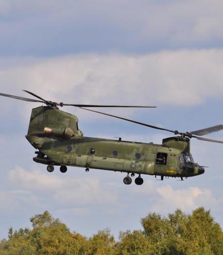Piloot slaat groot alarm na rook in cockpit, helikopter landt veilig op Vliegbasis Gilze-Rijen