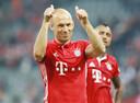 Robben bedankt de fans na zijn laatste wedstrijd voor Bayern.